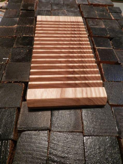 plate rack maple  ash wood  vertical plate storage decoracao cozinha  cozinha criativa