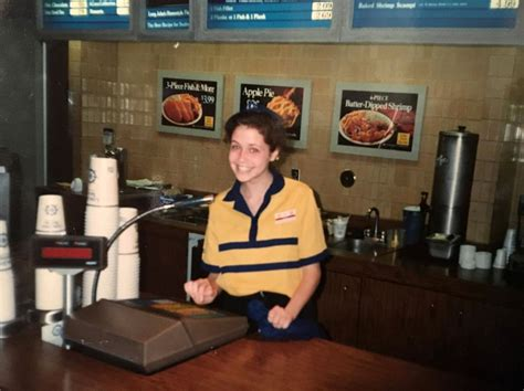Celebrities Who Worked at Fast Food Restaurants