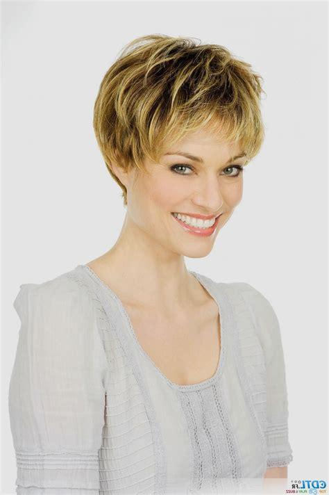 Coiffure Cheveux Court Femme Coiffure Cheveux Court Quelle Coupe Pour Changer De Style