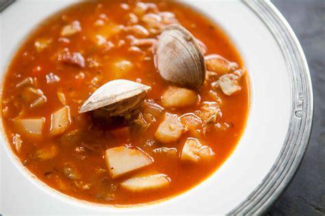 manhattan clam chowder recipe simplyrecipescom