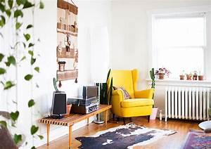 fauteuil jaune la couleur intemporelle et tendance With les couleurs du salon 0 inspirations pour un canape en velours joli place