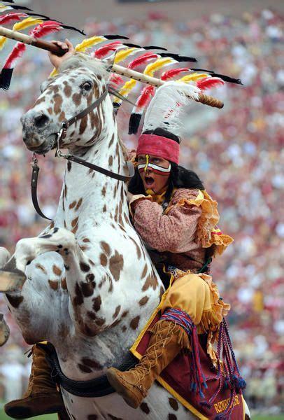 florida state seminoles mascot chief osceola rears