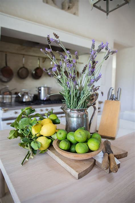 farmhouse style flower arrangements ideas