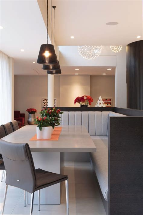 Wonderful Banquette Seating Design with Upholstered Metal