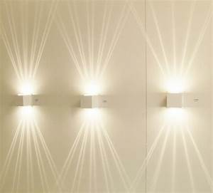 Welche Farbe Für Außenfassade : moderne wandlampen f hren einen sitlvollen effekt in den raum ein ~ Sanjose-hotels-ca.com Haus und Dekorationen