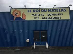 Le Top Du Matelas : la maison du matelas oreiller tapis de matelas est gratuit chien de la maison de bois extrieur ~ Melissatoandfro.com Idées de Décoration