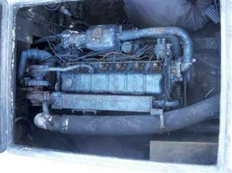 Houseboat Engine by Houseboat Outboard Motors Remove Replace Diesel Engines