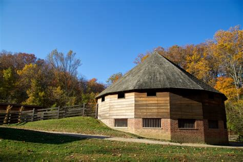 Barn Mount Vernon by 16 Sided Barn 183 George Washington S Mount Vernon