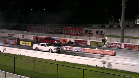 Gtr Quarter Mile Stock by Ford Mustang Gt500 Vs 2013 Gt R In A Quarter Mile Drag