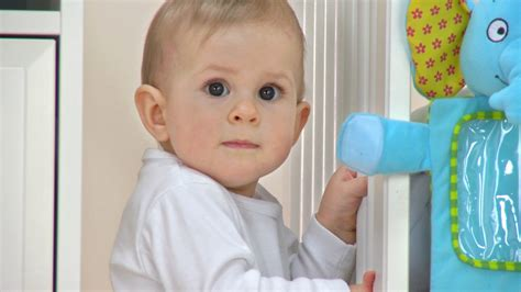 what age do babies eye color change when do babies change color