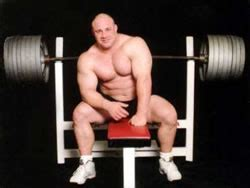 What Is Scott Mendelson's Benchpress Record