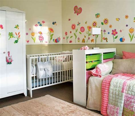 idée chambre bébé mixte 20 amazing shared room ideas for of different