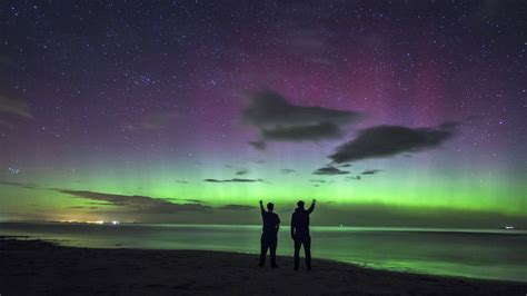 stunning and amazing northern lights wow u k ncpr news