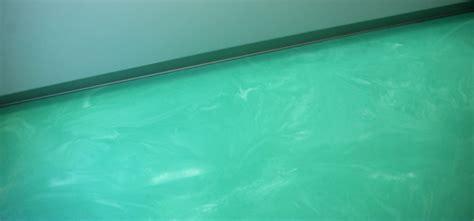 Bagno Resina Verde Acqua Spatolato Verticale