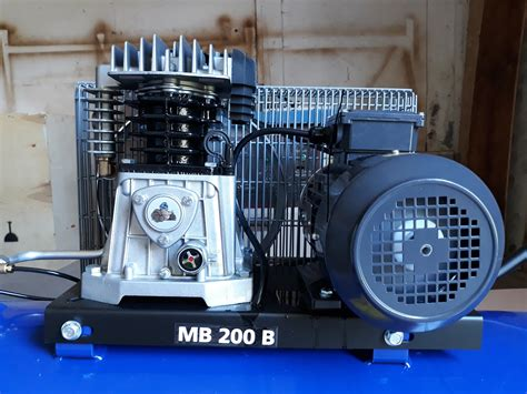 Motor Trifazic 2 2kw Pret by Compresoare Utilaj Trifazat Pt Aer Comprimat Compresor