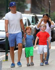 Will Arnett takes his kids out for dinner without ...