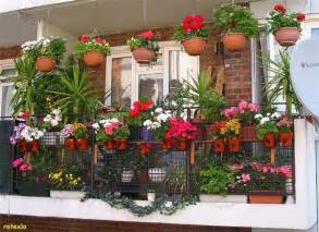 balkon le beautiful balcony gardens kerala home design and floor plans