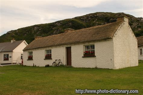 Cottage Definition by Cottage Photo Picture Definition At Photo Dictionary