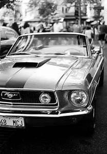 Garage Ford 93 : mustang life in b w pinterest mustang carro deportivos and autos mustang ~ Melissatoandfro.com Idées de Décoration
