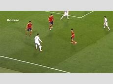 Ronaldo Pass GIF Find & Share on GIPHY