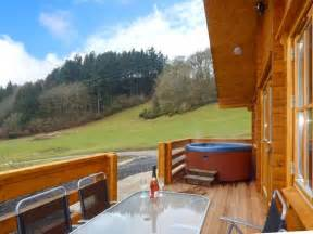 Log Cabins With Tubs Wales by Log Cabin With Tub In Newtown Wales Book For 2017 Today