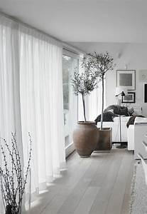 Wohnzimmer Gardinen Günstig : einamalige dekoideen f rs wohnzimmer wei e gardinen wohnzimmer einrichten m bel diy ~ Markanthonyermac.com Haus und Dekorationen