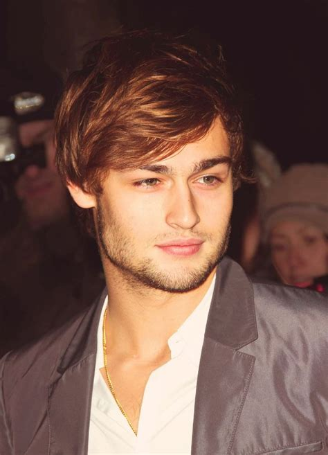 mens hair styles pictures of with strong jaw douglas booth his jawline 5322
