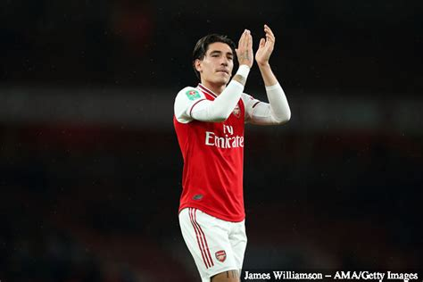 Arsenal fans react on Twitter to Hector Bellerin's ...