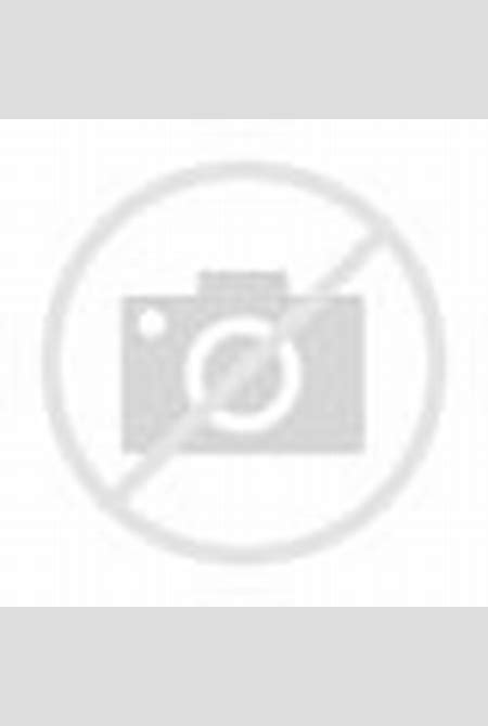 Toutes les photos de Laeticia Hallyday nue pour Lui