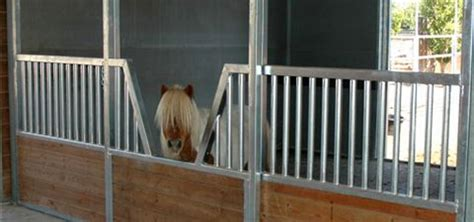 Best 25+ Mini Horse Barn Ideas On Pinterest