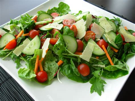 simple salad recipes tossed green salad recipes for a crowd