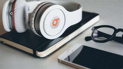 beats headphones uhd 4k wallpaper pixelz