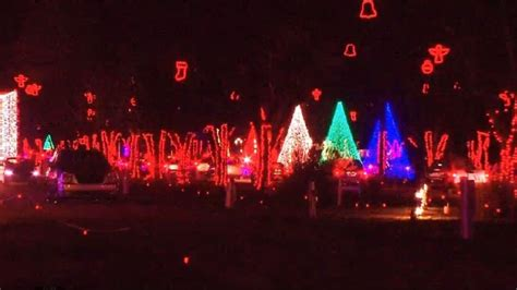 jellystone park christmas lights metro councilman says traffic largely to blame for