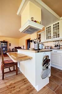 Stylish, Kitchen, With, Two, Tier, Kitchen, Island, U2013, Homesfeed