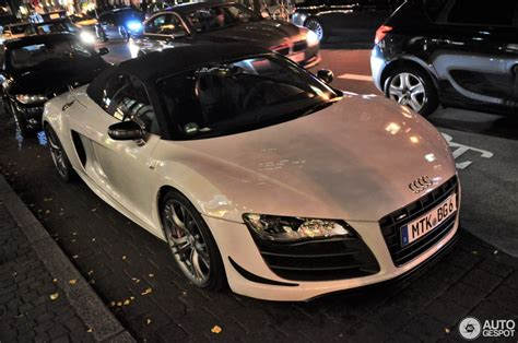 audi  gt spyder  november  autogespot