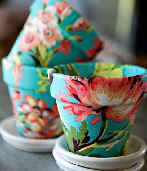 diy comment r 233 utiliser des pots de fleurs dans une wedding d 233 coration mariage