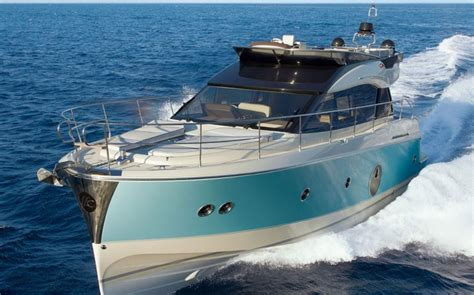 Best Cruising Yacht 10 Top Motor Yachts And Power Cruisers Of 2013 Boats