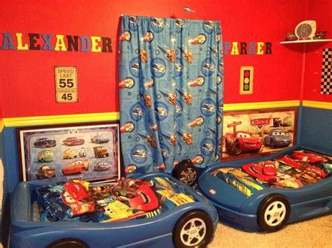 boys disney cars room     top
