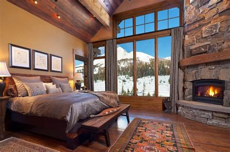 Wood Floors. Huge Windows. Fireplace. And A View Of Lone Mountain Out The Window. This Would Be