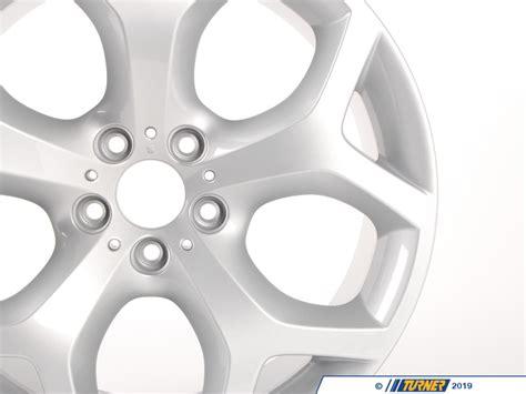 genuine bmw   spoke style  wheel