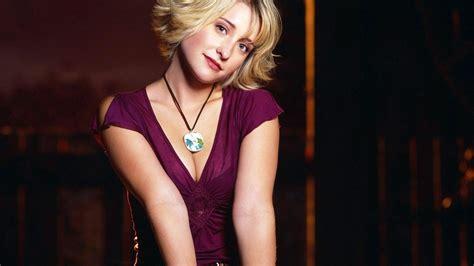 images of allison mack actress actress smallville allison mack wallpapers hd desktop