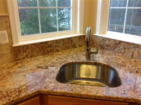 Granite Kitchen Backsplash : Diana G Solarius Granite Countertop Backsplash Design