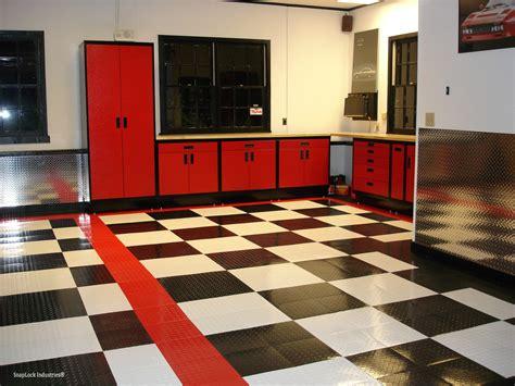 Tuffshield Racedeck Interlocking Garage Tile Mat