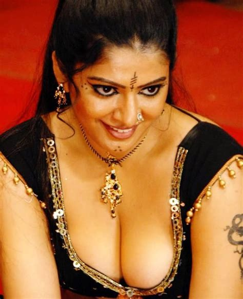 cleavages stills actors and gallery kashta saree indian