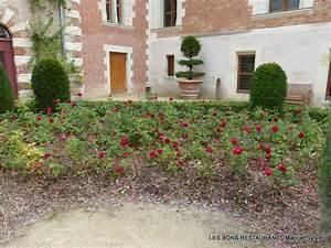 Chateau du clos luce37 le jardin renaissance les bons for Jardins et terrasses photos 15 roses rouges jardissimo