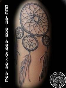 Tattoo Traumfänger Bedeutung : arm traumf nger tattoo von 88ink blood tattoo studio ~ Frokenaadalensverden.com Haus und Dekorationen