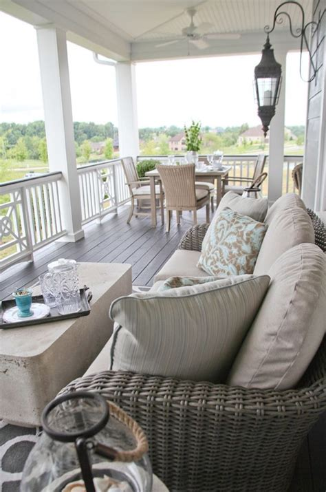 Outdoor Front Porch Furniture by Best 25 Front Porch Furniture Ideas On