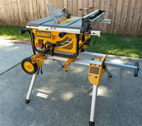 dewalt table saw anti kickback assembly dewalt 10 quot compact jobsite table saw dwe7480 tool review