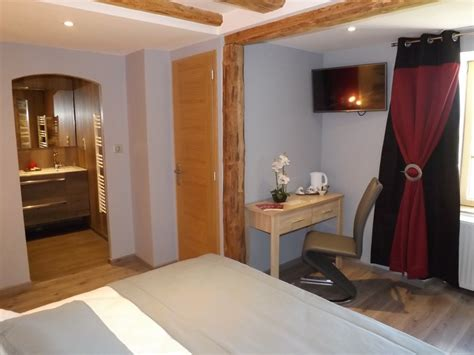 chambre d hote chaudes aigues location de vacances chambre d 39 hôtes chaudes aigues dans