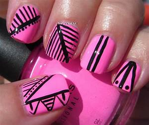 Marias Nail Art and Polish Blog: Black & pink